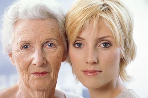 Mit tehetünk, hogy fiatalosabbak legyünk? 3 frizuratipp hölgyeknek!