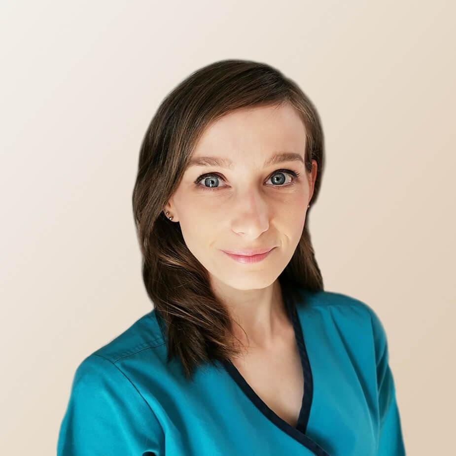 hajszalhijan.hu orvosa: Dr. Bende Anna